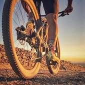 Sin miedo al calor!! 💥 Without fear of heat!! ☀️ Sense por al calor!! ✌️ . #cycling#cyclingsocks#ciclismo#triathlon #triatlon#mtb#mountainbike#trail#running#mallorcabike